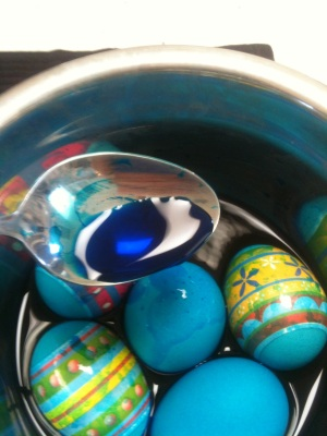 dyeing eggs for Greek Easter